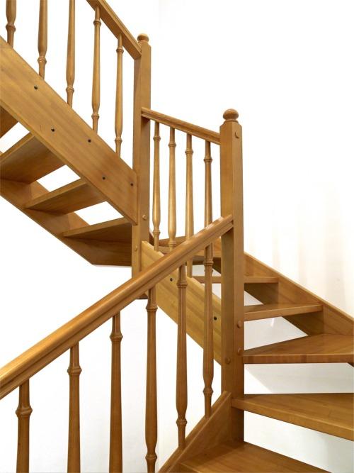 Escalera abierta sin contrahuella