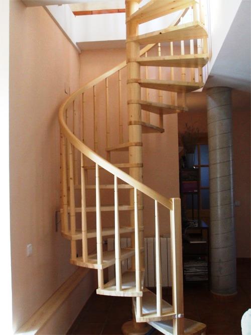 Blog de las escaleras sobre las escaleras su for Como trazar una escalera de caracol de concreto