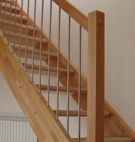 Fabricar escalera de madera cheap escalera madera tijera peldaos fyh with fabricar escalera de - Fabricar escalera de madera ...