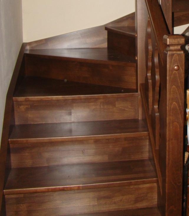 Escaleras abiertas cerradas blog de las escaleras for Como iluminar una escalera
